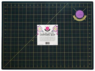 Tula Pink Self Healing 24x36 Cutting Mat.