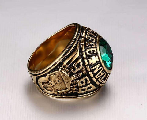Image of Men's Manhattan Vintage Ring with Green Crystal