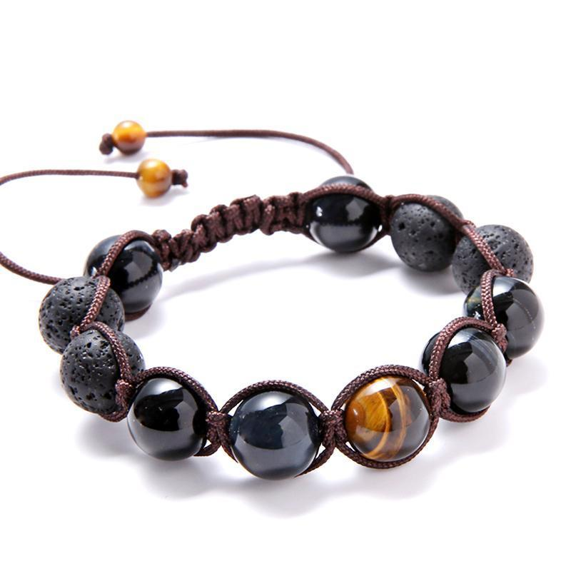 Pierre du Sportif Shamanic Iron Eye collar and brown macram\u00e9 thread Renowned for physical recovery and giving vitality