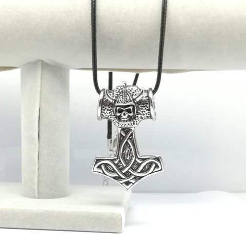 Image of Men's Viking Skull Necklace