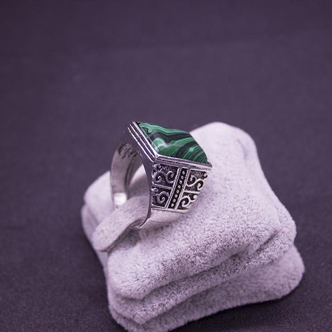Image of Men's Green Stone Signet Ring