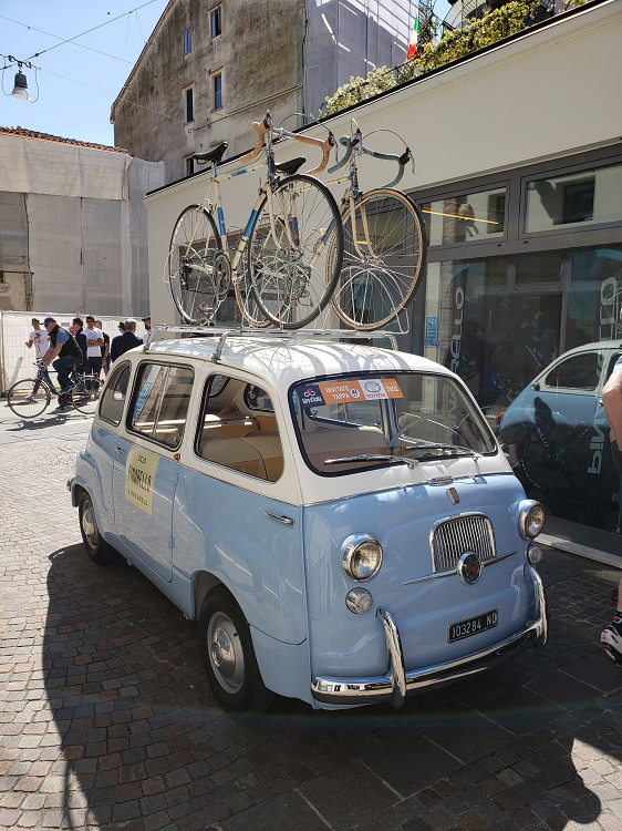 La Bicicletta goes to Italy