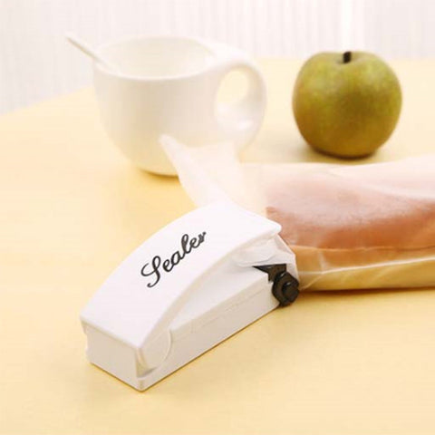 Portable Smart Food Sealer - Envy Gadgets