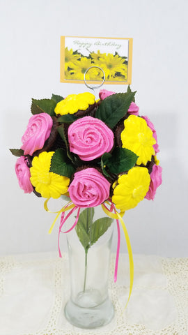 Mini cupcake bouquet with pink rosettes and yellow daisies, with a happy birthday card - #SweetStubs - shout out - July 2017 - Silverrose Bakery - Arizona