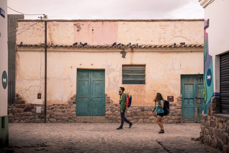 Gonzalo and Chelsie wander the streets of Humahuaca