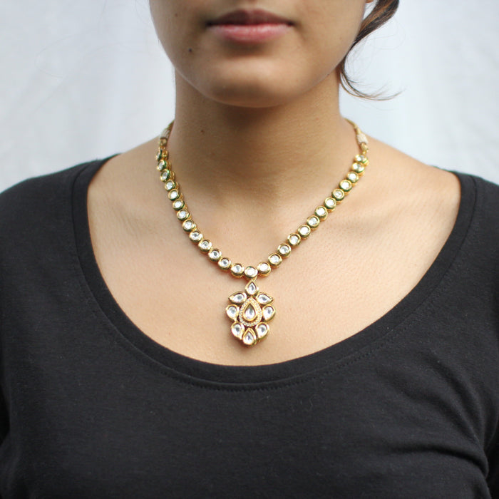 Shamiak Necklace Set - The Pink Bazaar