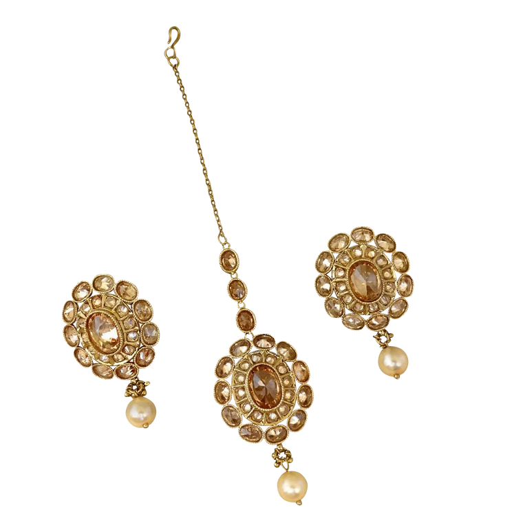Niti Earring and Tikka Set