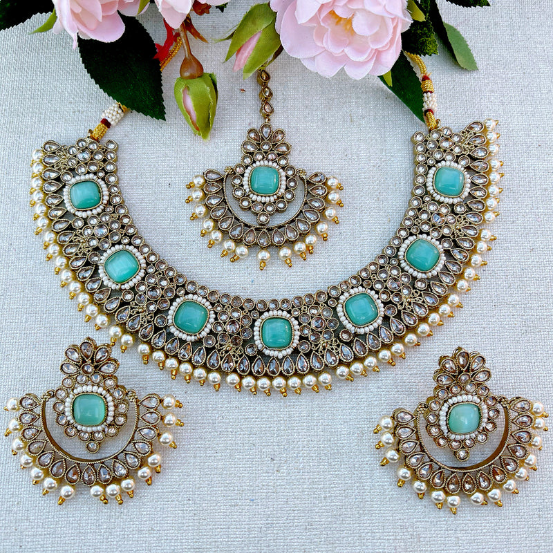 Anju Necklace Set
