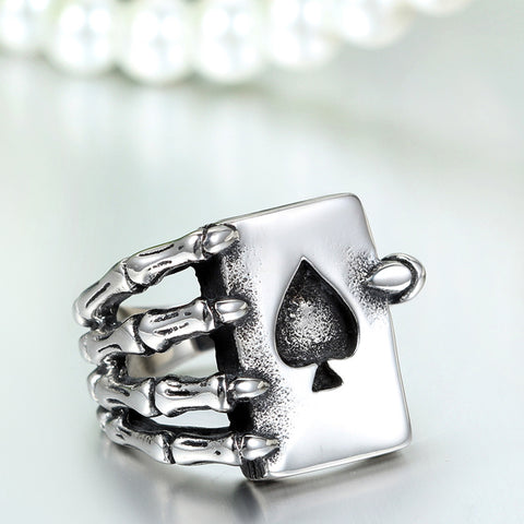 Poker Gothic Claw Ring