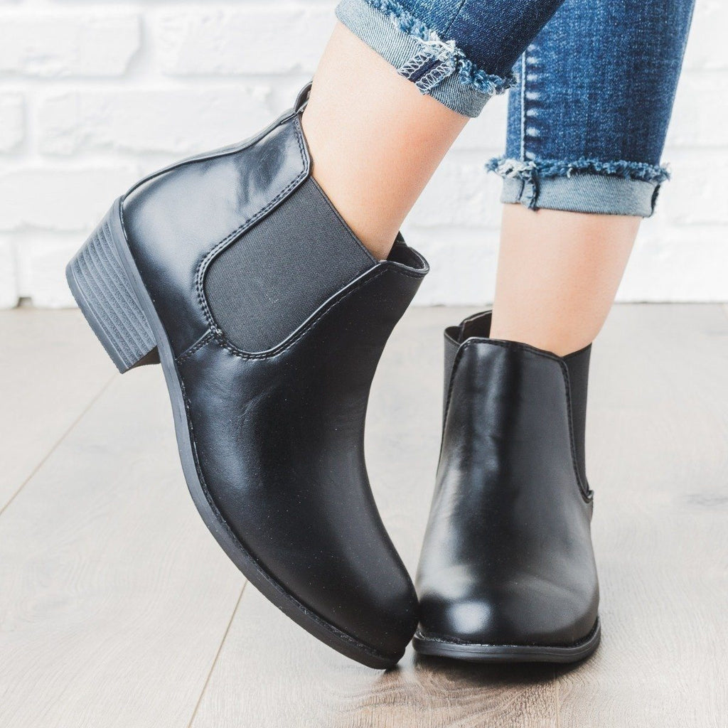 Womens Ankle Riding Bootie - Refresh - Black / 5