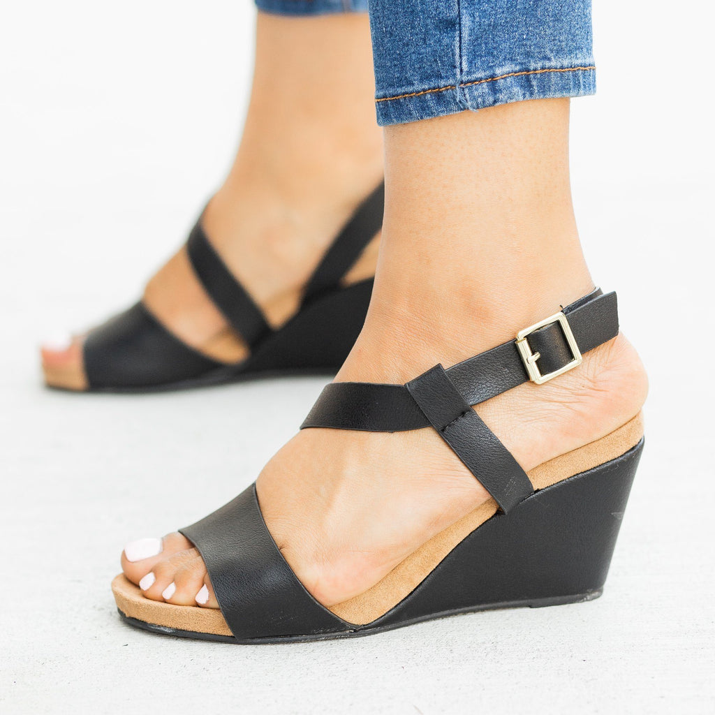 Womens Asymmetrical Fashion Wedges - Qupid Shoes - Black / 5