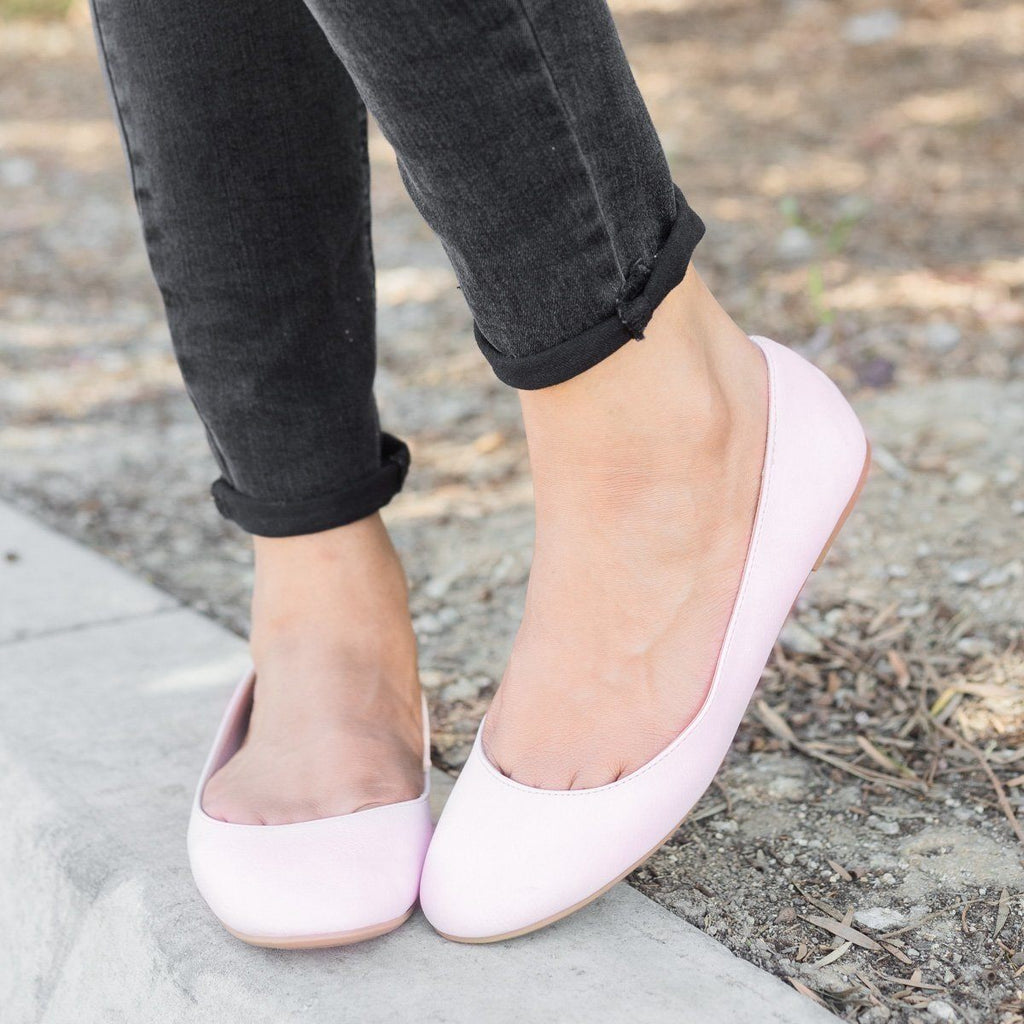 Womens Basic Ballet Flats - City Classified Shoes - Dusty Pink / 6