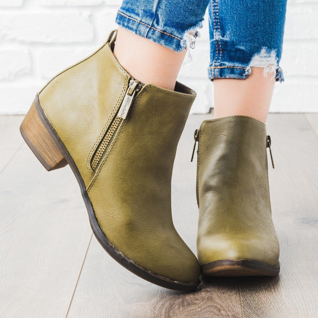 Womens Basic Zipper Ankle Booties - Breckelles - Olive / 7.5