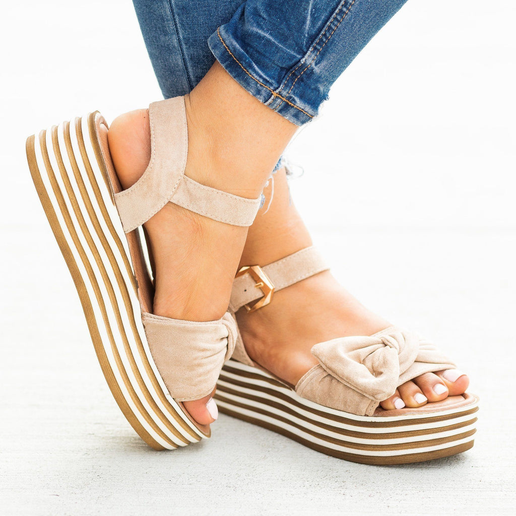 Womens Beautiful Bow Tie Stacked Flatform Wedges - Nature Breeze