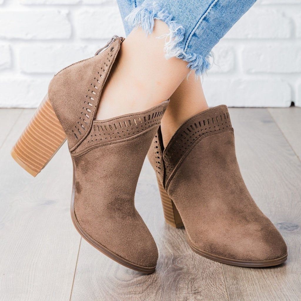 Womens Beautiful Closed Toe Laser-Cut Booties - Refresh