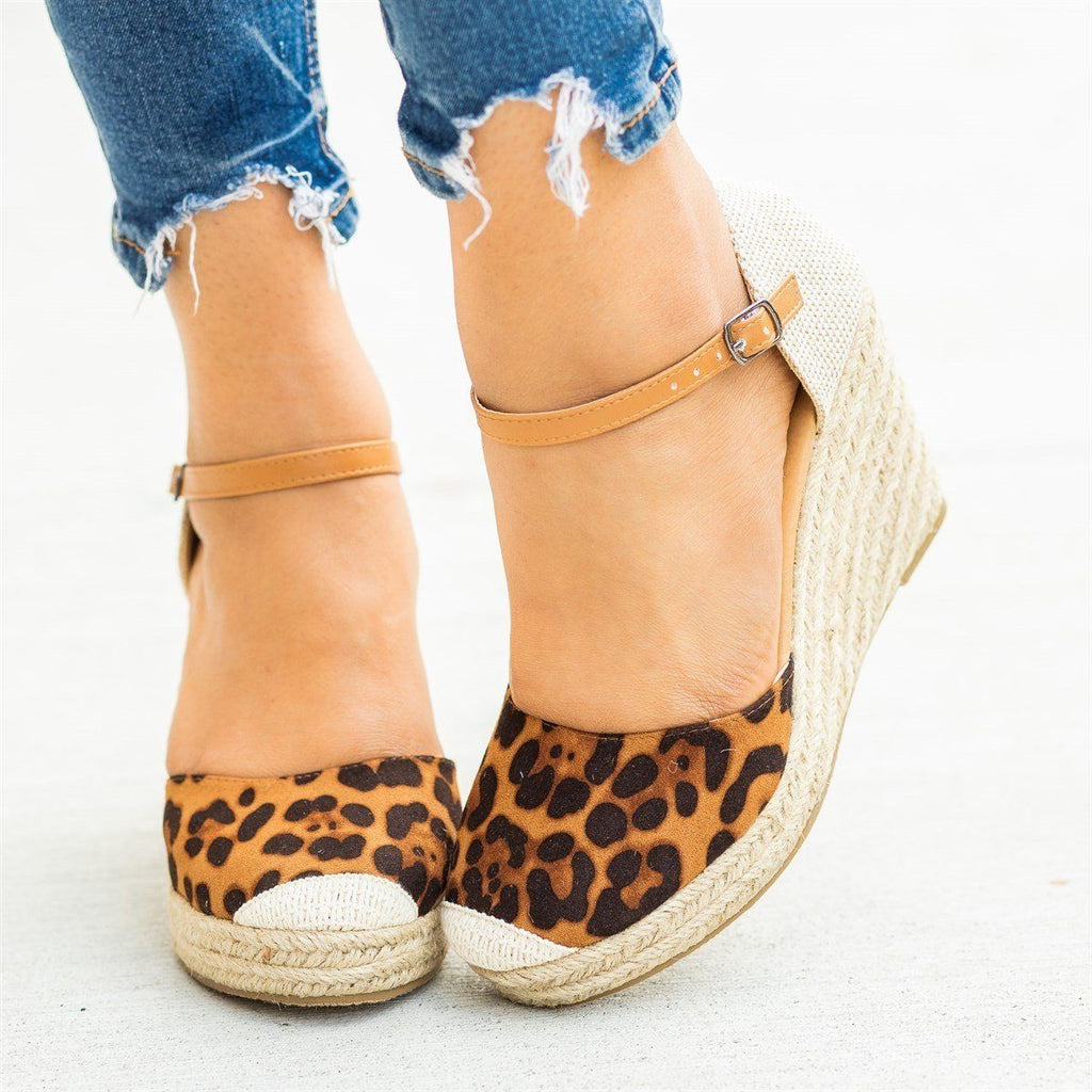 Womens Beautiful Essential Espadrille Wedges - Refresh