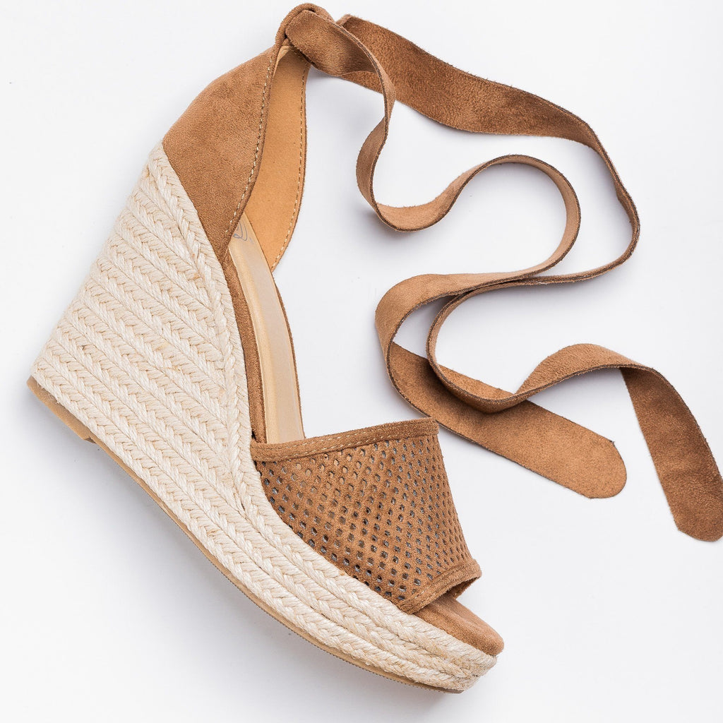 Womens Beautiful Pinhole Espadrille Wedges - Soda Shoes - Light Tan / 5