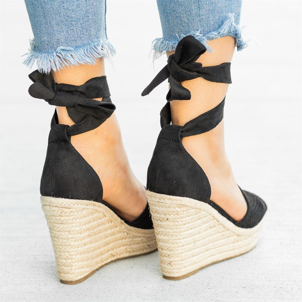 Womens Beautiful Pinhole Espadrille Wedges - Soda Shoes