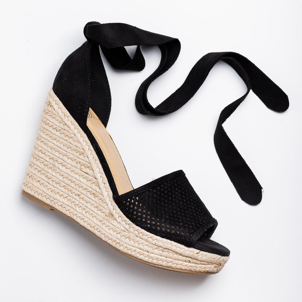 Womens Beautiful Pinhole Espadrille Wedges - Soda Shoes - Black / 5