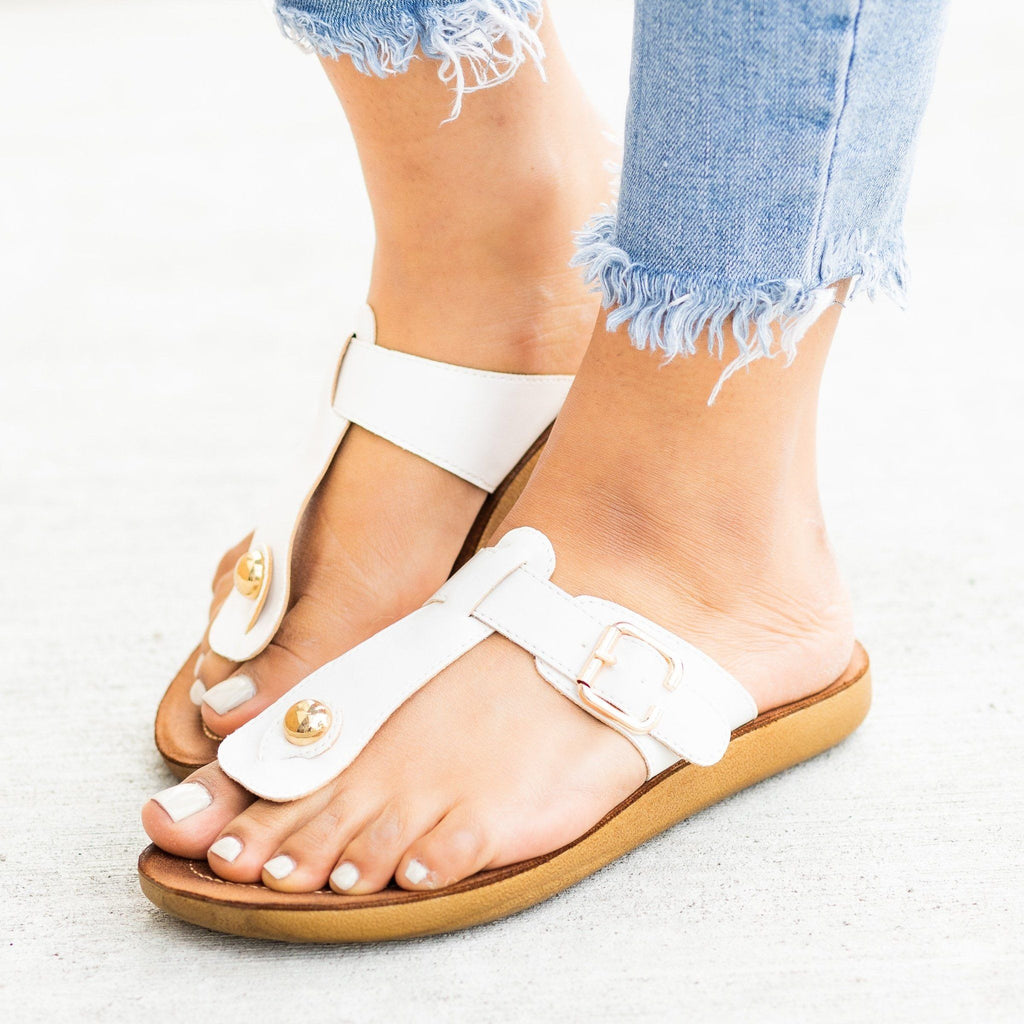 Womens Belt Buckle Thong-Toe Sandals - Forever - White / 5