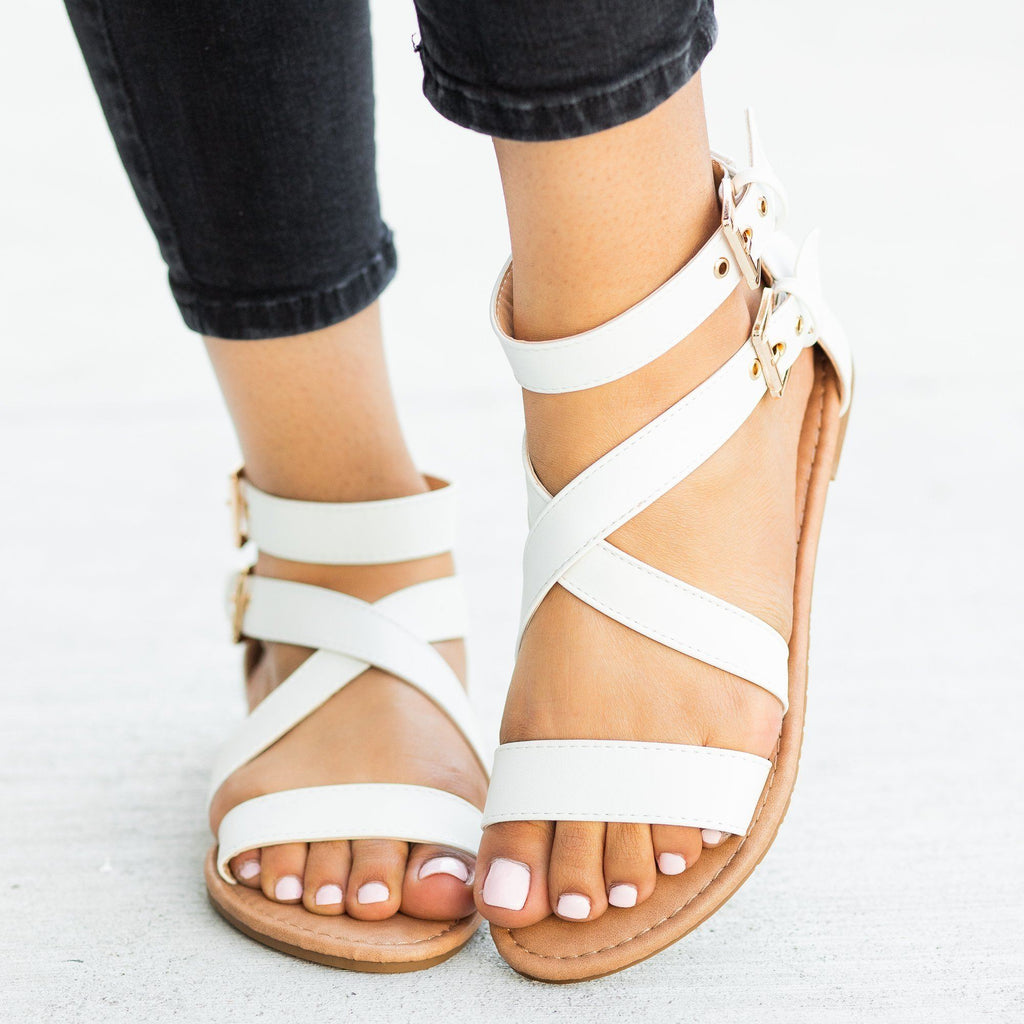 Womens Buckled Strappy Fashion Sandals - Top Moda