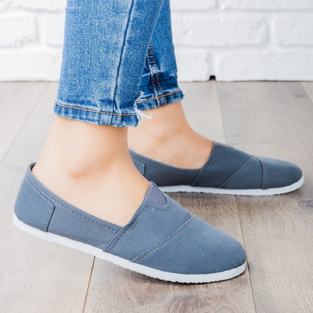 Womens Casual Slip-On Flats - Delicious Shoes