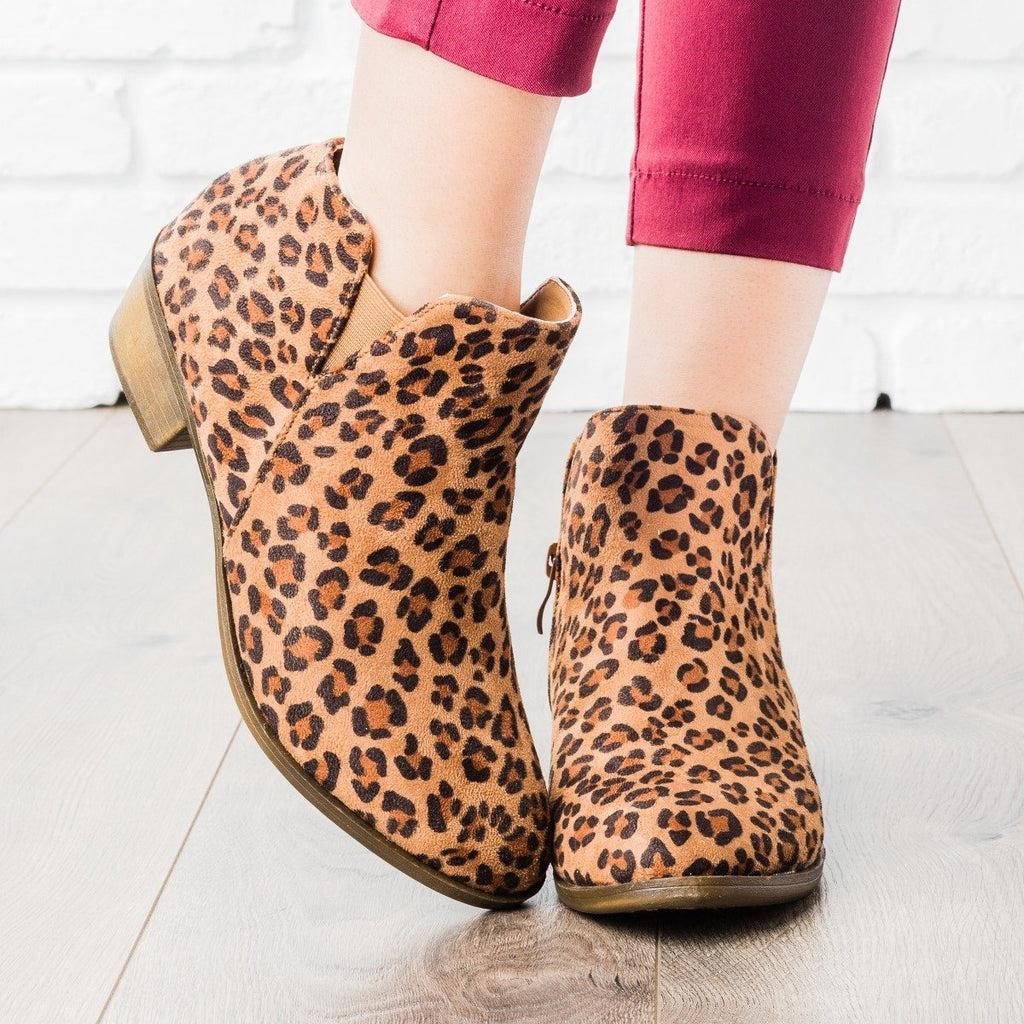 Womens Chic Ankle Booties - Weeboo - Leopard / 5