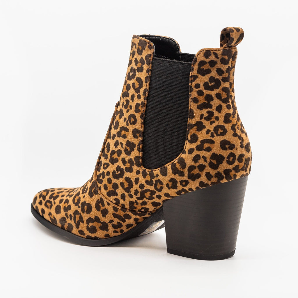 Womens Chic Chelsea Booties - Soda Shoes