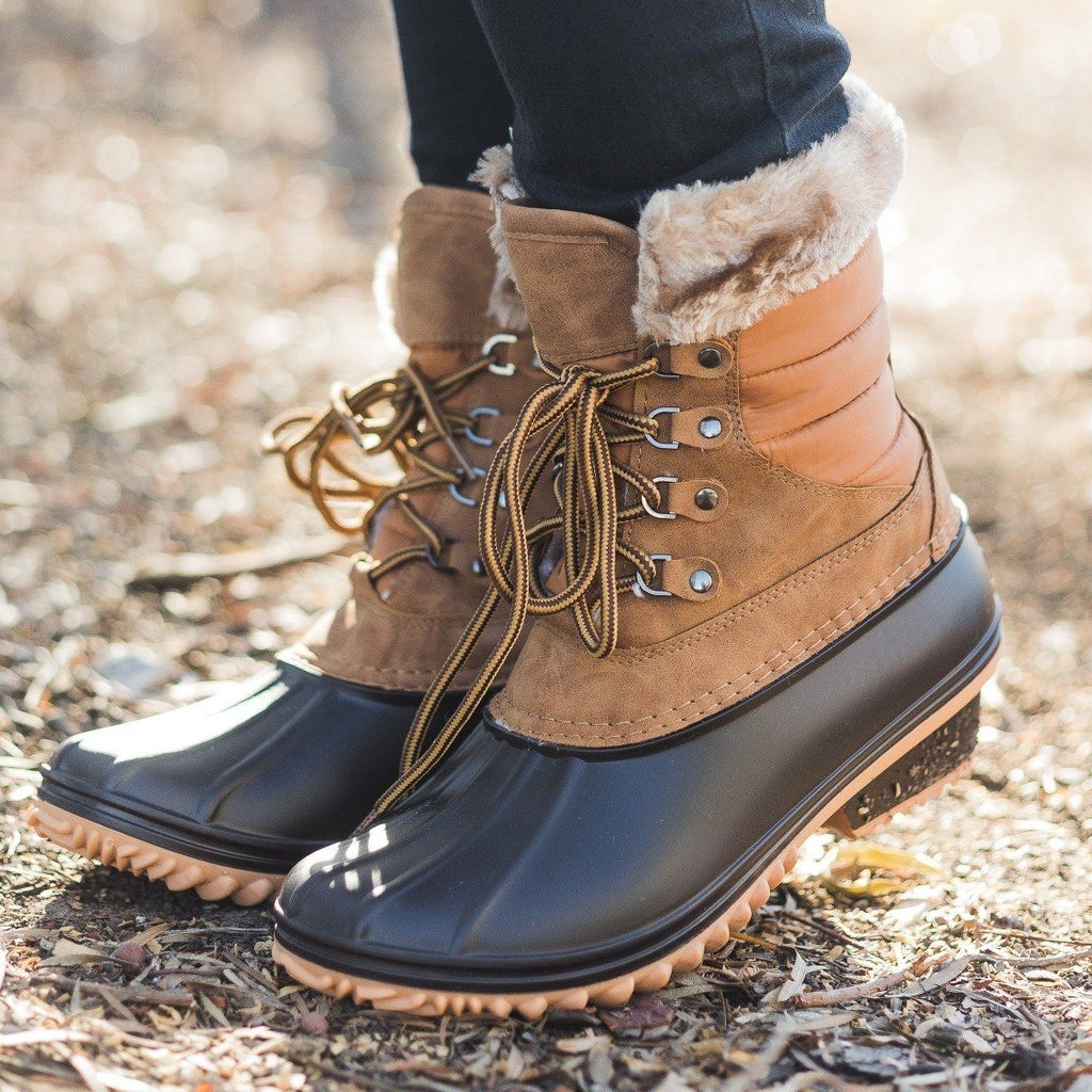 Womens Chic Duck Boots - Nature Breeze - Tan / 5
