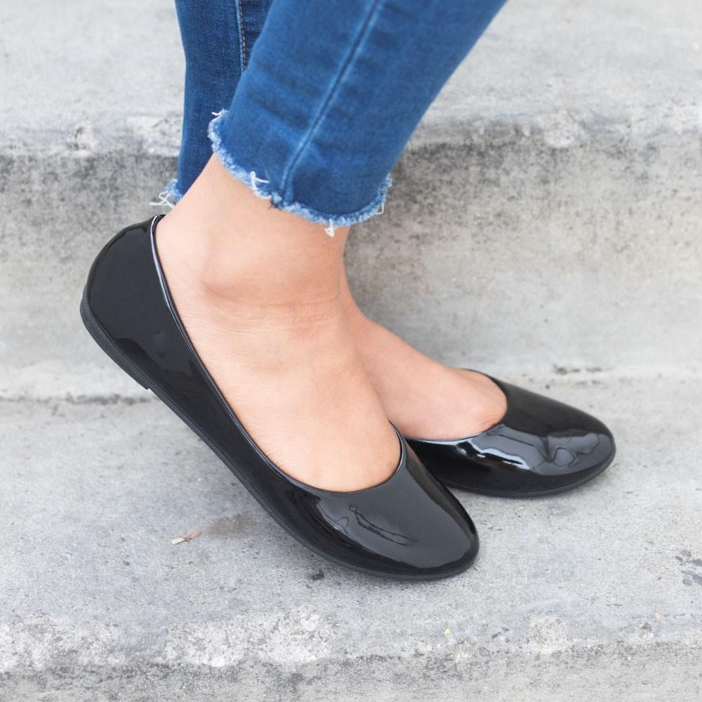 Womens Chic Everyday Ballet Flats - Forever - Black / 5