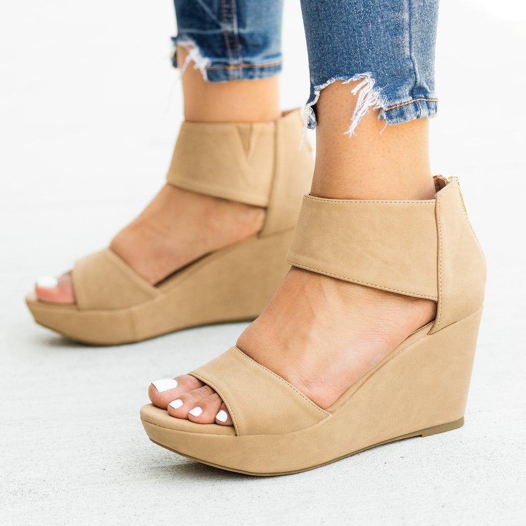 Womens Chic Fashion Wedges - Bamboo Shoes