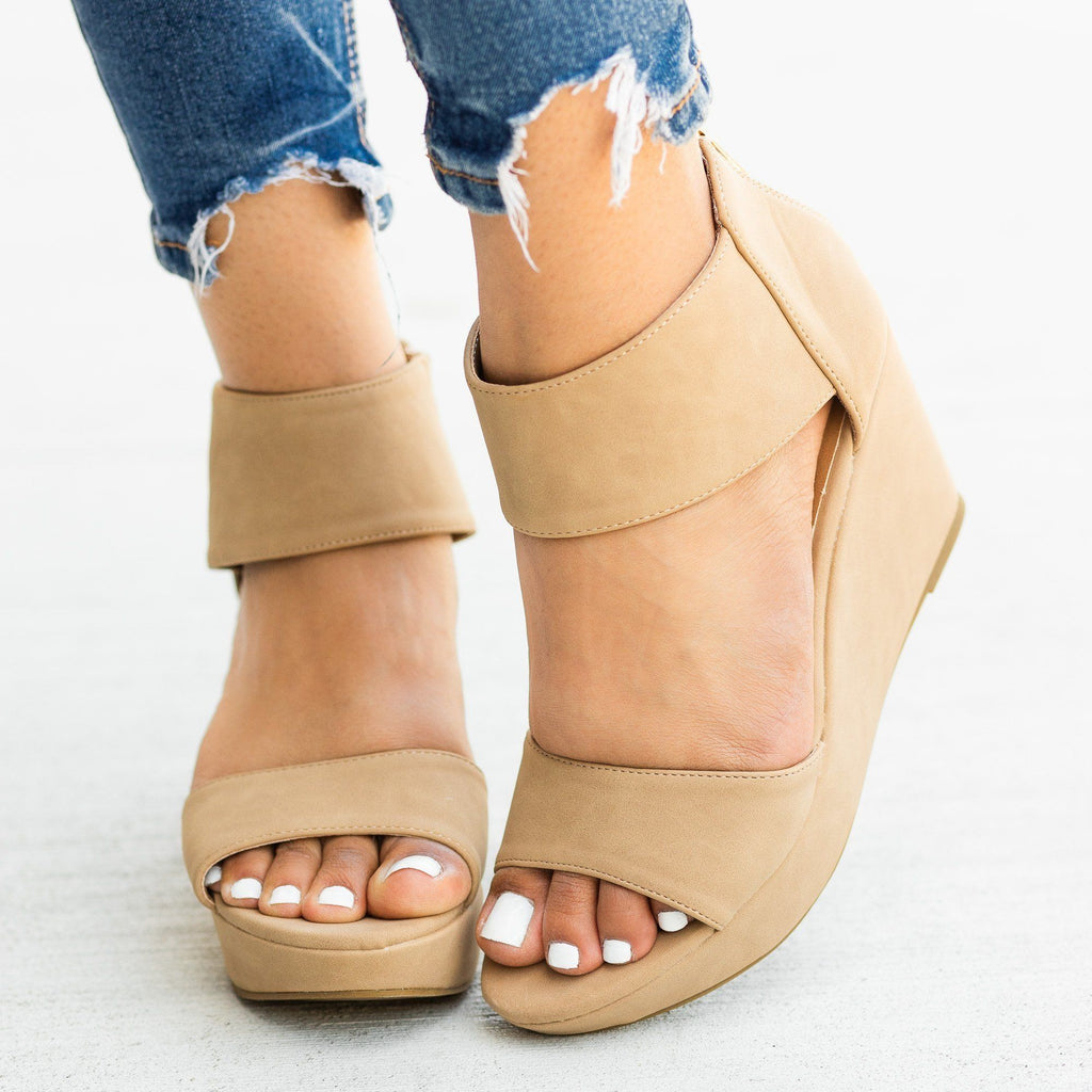 Womens Chic Fashion Wedges - Bamboo Shoes - Natural / 5