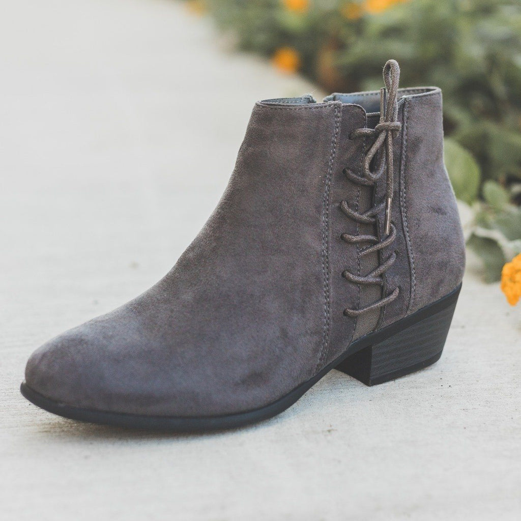 Womens Chic Lace-Up Fall Booties - Refresh - Charcoal / 5
