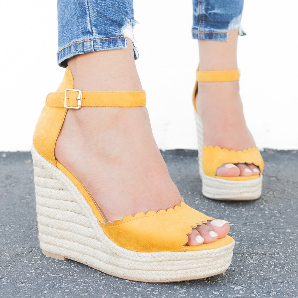 Womens Chic Scalloped Espadrille Wedges - Delicious Shoes - Mustard / 5