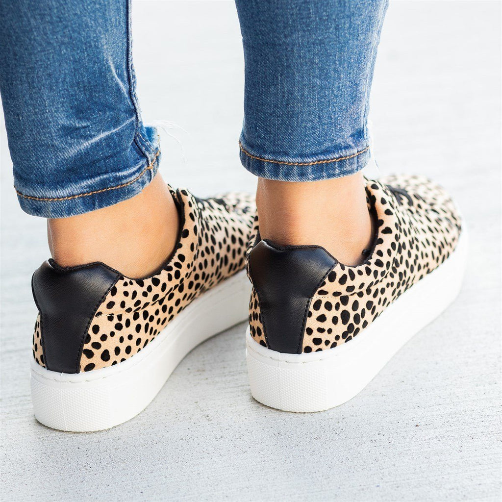 Womens Chic Spotted Leopard Platform Sneakers - Qupid Shoes