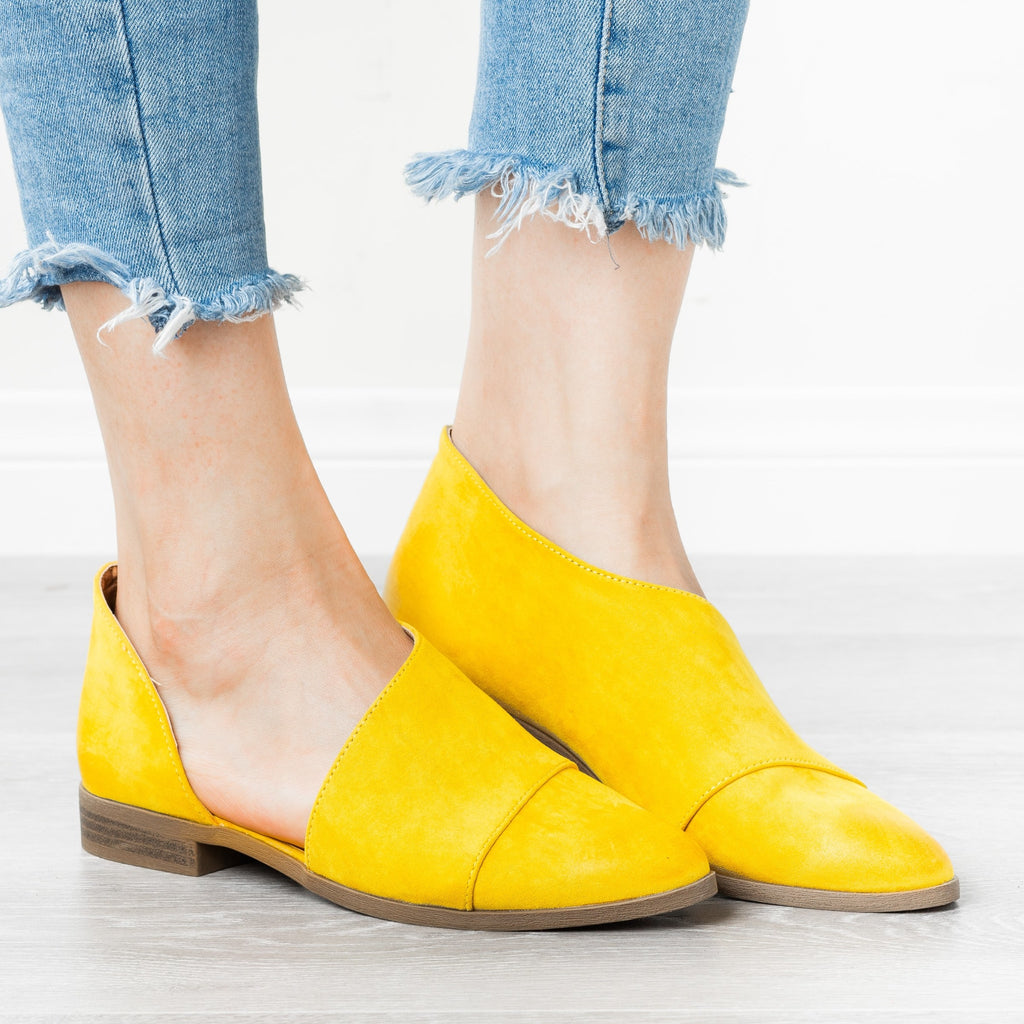 Womens Chic Wraparound Flats - Qupid Shoes - Yellow / 5