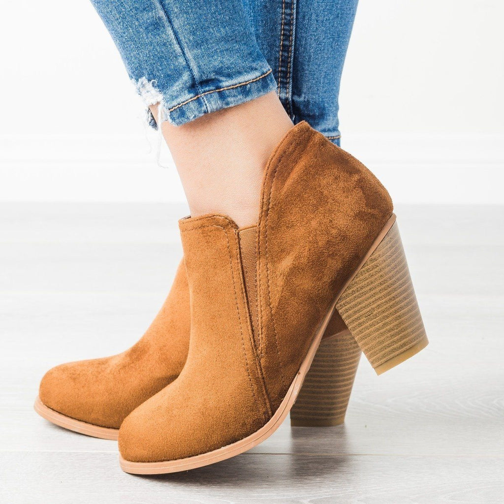 Womens Chunky Heel Ankle Booties - Mata - Tan / 5