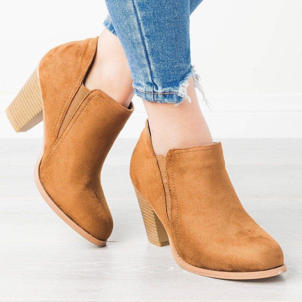 Womens Chunky Heel Ankle Booties - Mata