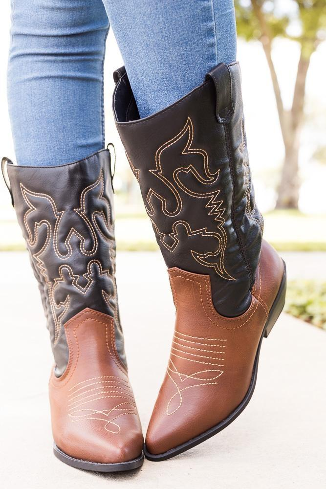 Womens Classic Embroidered Cowboy Boots - Soda Shoes - Dark Tan Black / 5