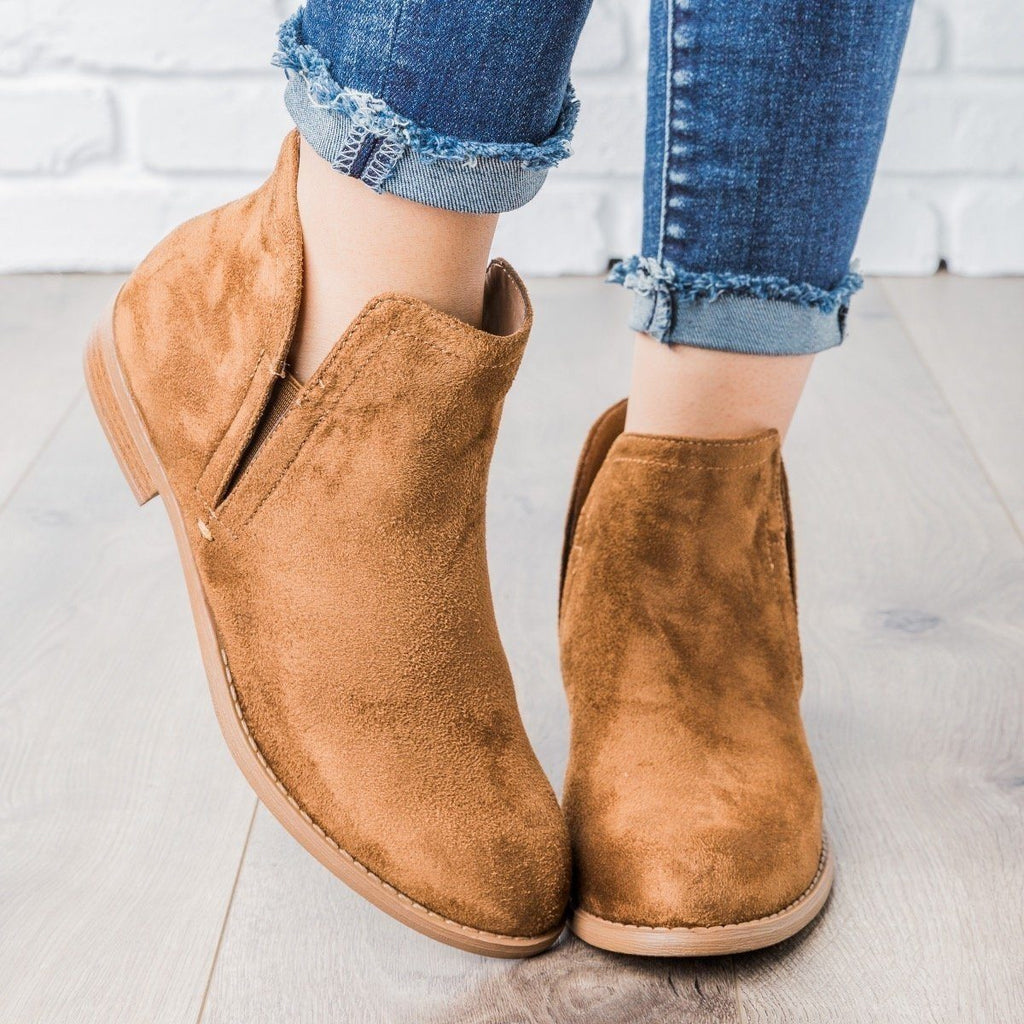 Womens Classic Faux Suede Ankle Booties - City Classified Shoes - Chestnut / 5