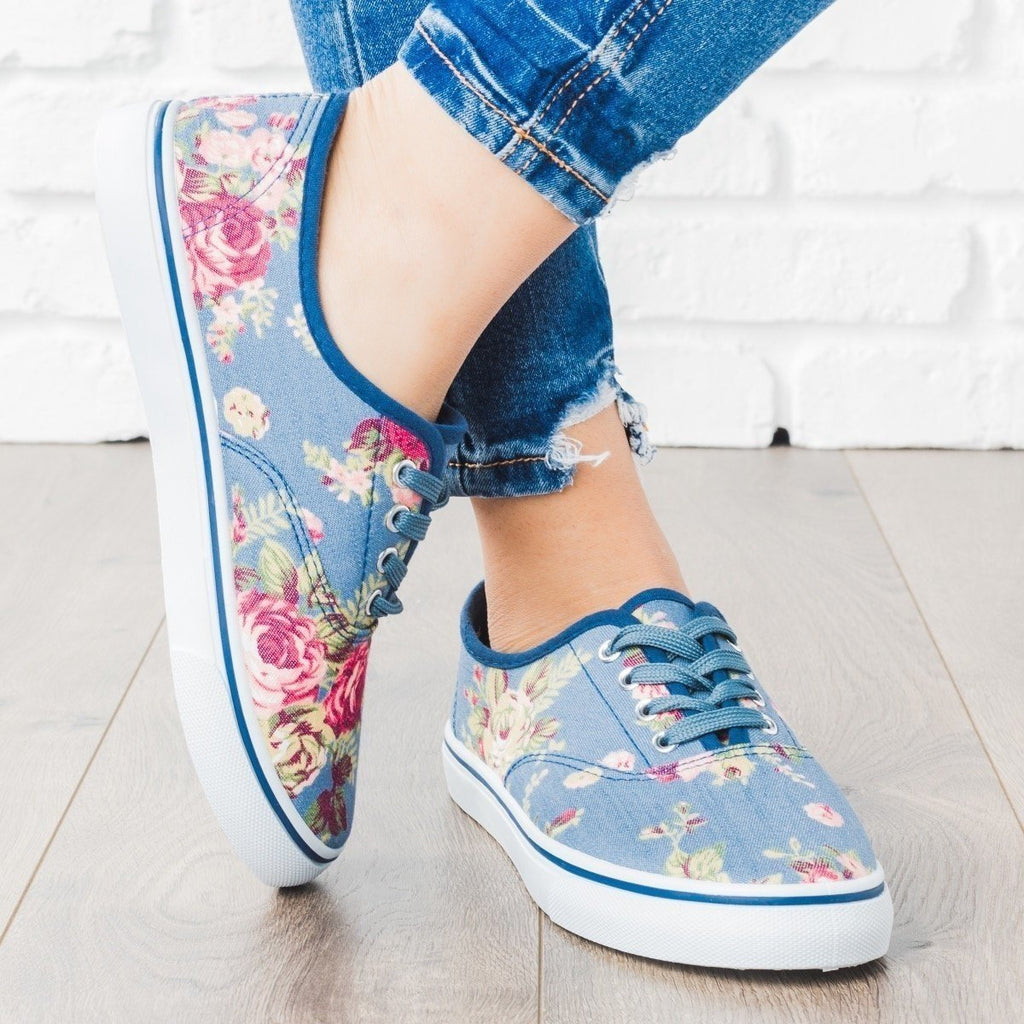 Womens Classic Lace-Up Fashion Sneakers - Unbranded/Generic - Light Denim Flower / 5
