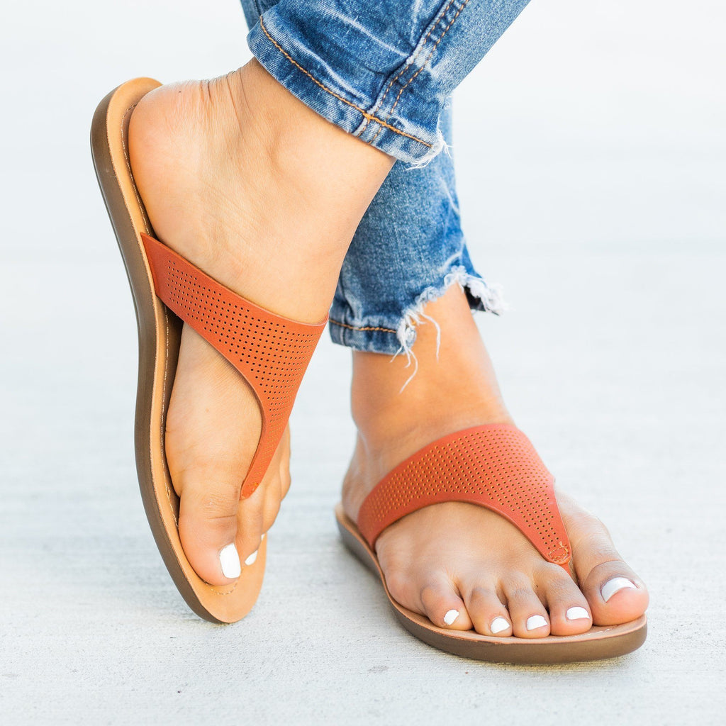 Womens Classic Pinhole Thong Sandals - Soda Shoes
