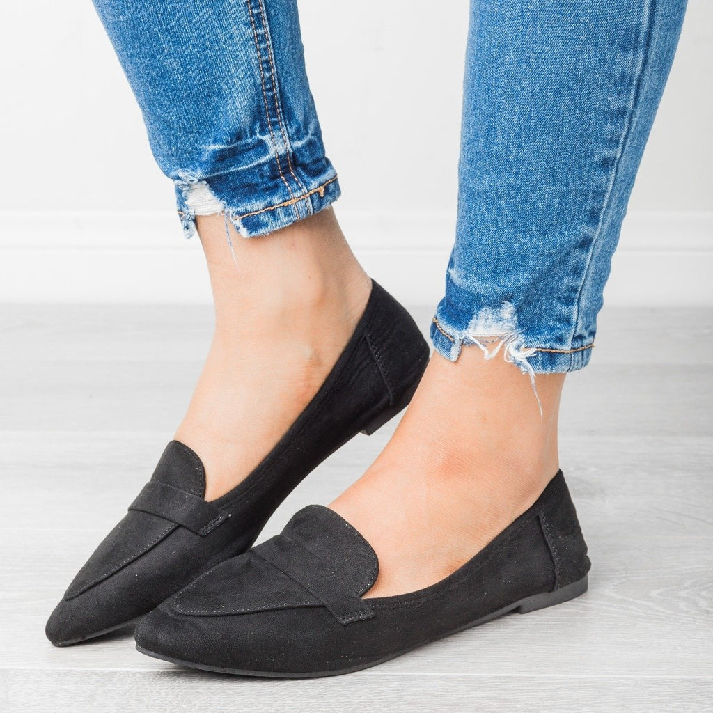 Womens Classic Pointed Toe Loafers - Bella Marie - Black / 5