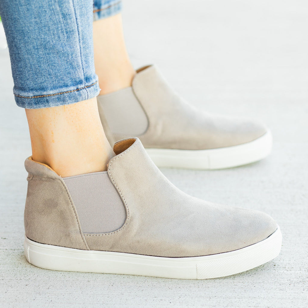 Womens Classic Slip-On Ankle Sneakers - Soho Girls