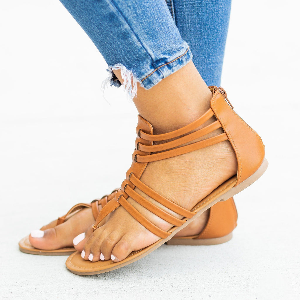 Womens Classic Thong-Toed Gladiator Sandals - Qupid Shoes