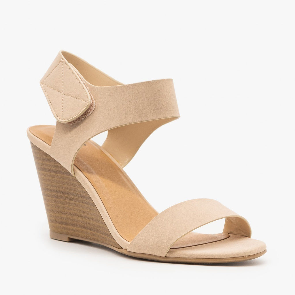 Womens Classic Wedge Sandals - Delicious Shoes - Nude / 5