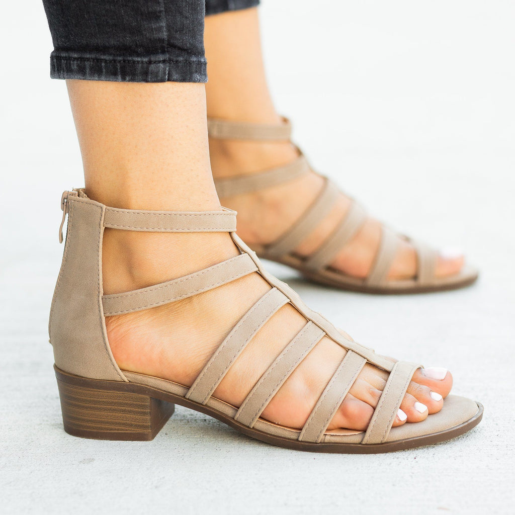 Womens Classy Low-Heeled Caged Sandals - Top Moda