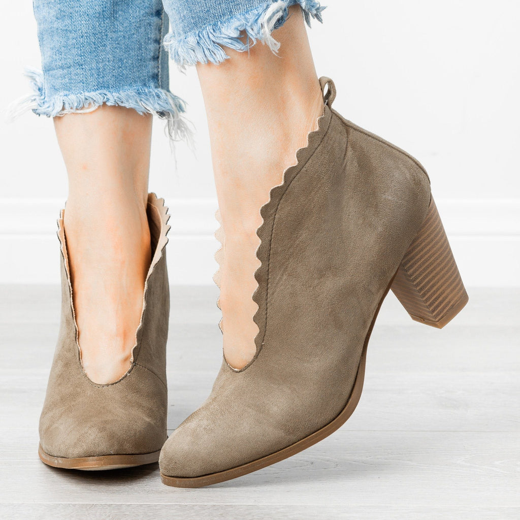 Womens Classy Scalloped Edge Booties - AMS Shoes - Olive / 5