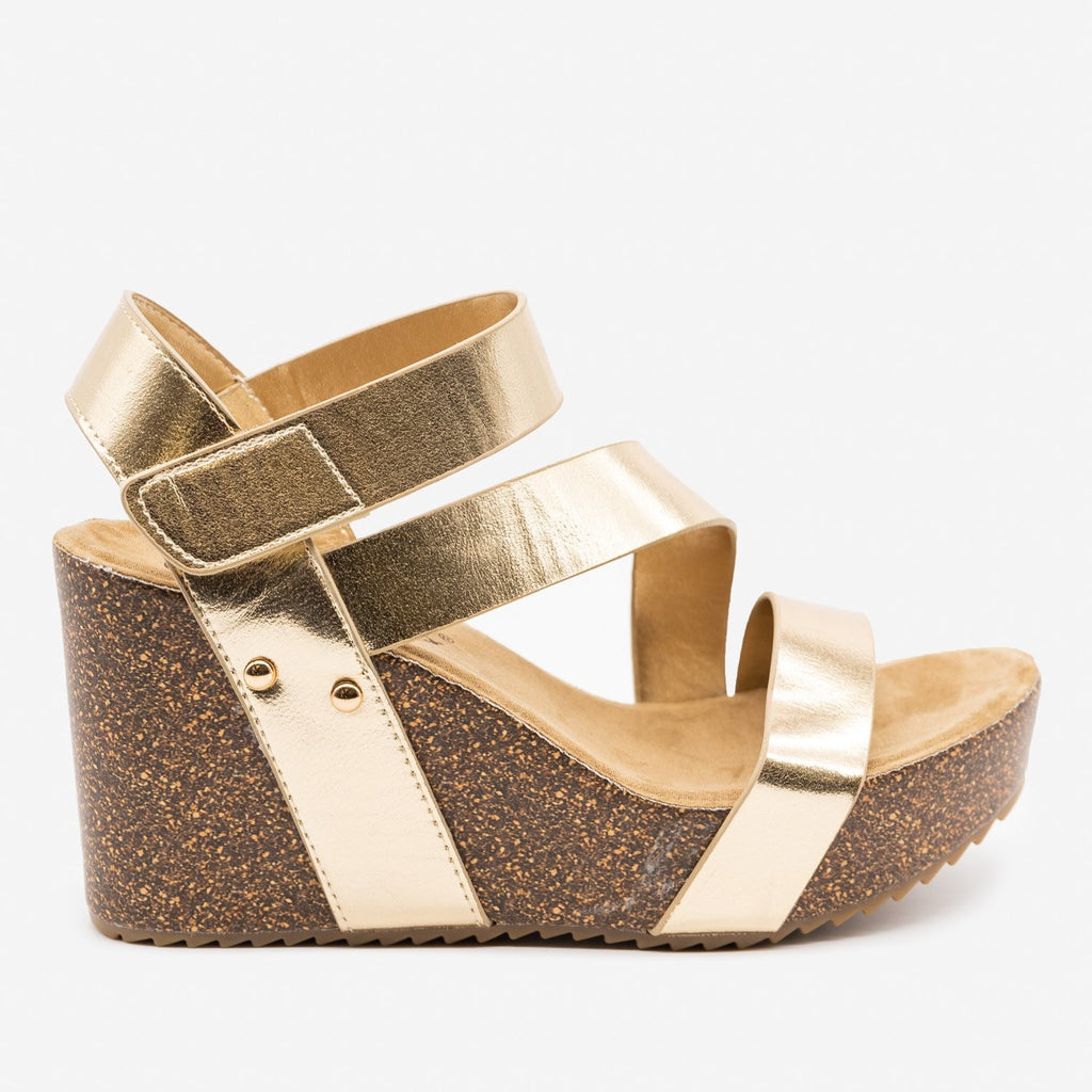 Women's Comfy Insole Strappy Wedges - Comfy Soles - Gold / 5