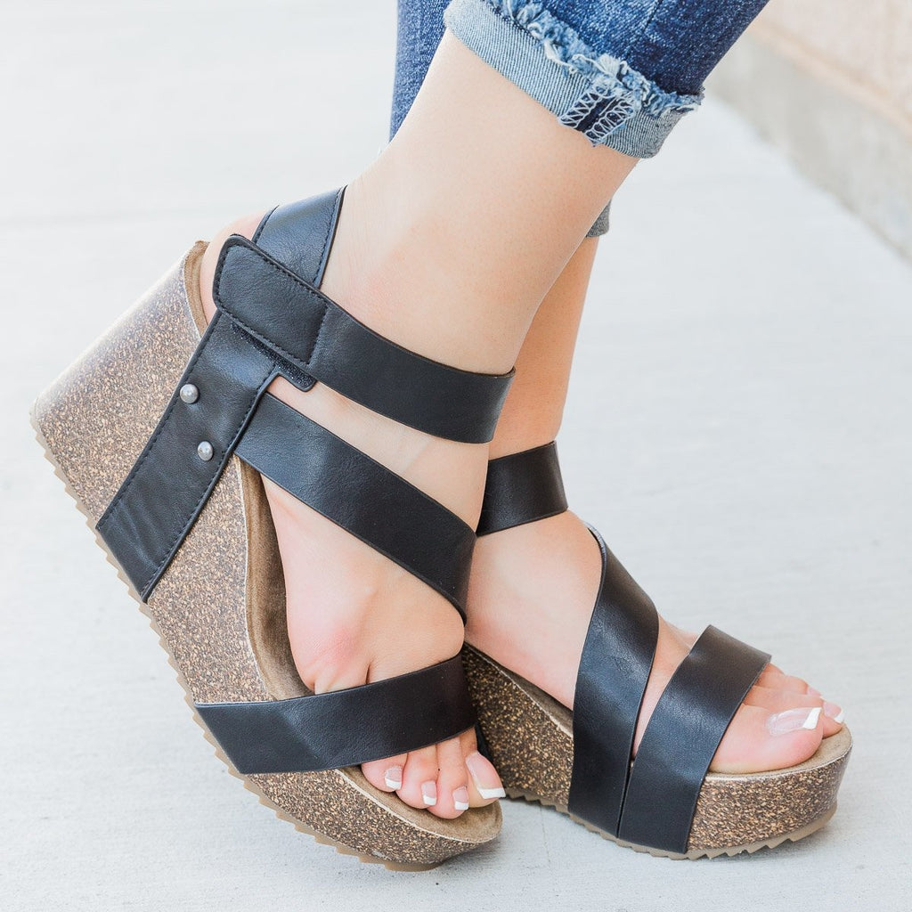 Womens Comfy Insole Strappy Wedges - Comfy Soles